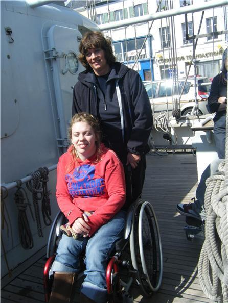 velero con ascensores elevadores sillas para discapacitados