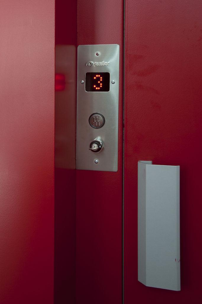 COVID-19 ascensores